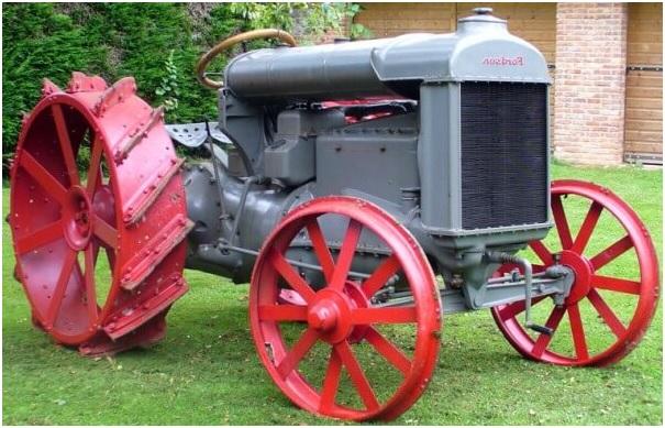 Tractor 7.jpg